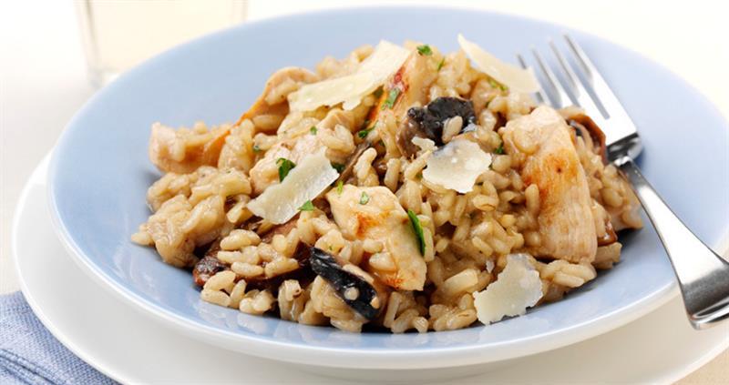 Chicken and mushroom risotto_60475