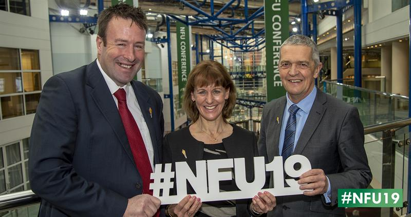 NFU Officeholders with NFU19 sign_61105