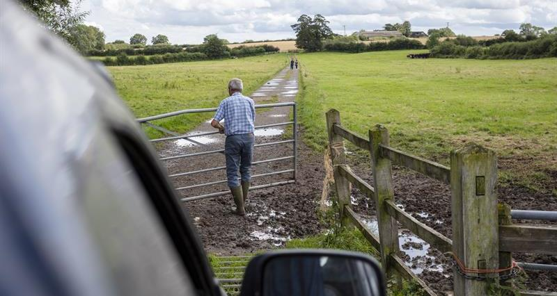 Mobile firms sign up to £1bn rural coverage plan