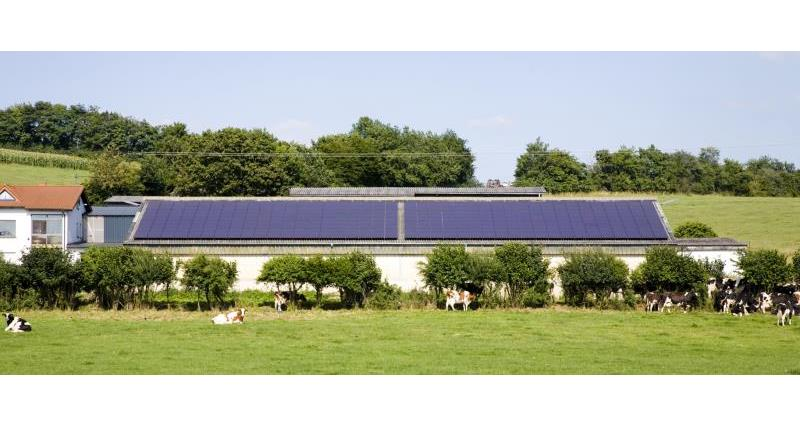 barn with solar panels_12699