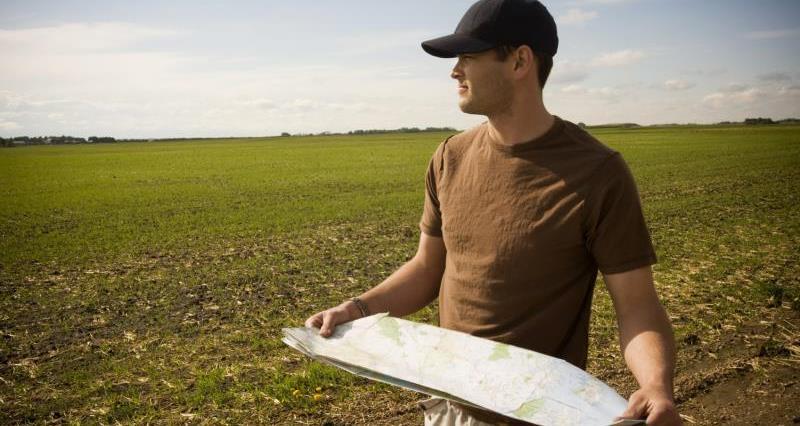 Farm surveyor_7656