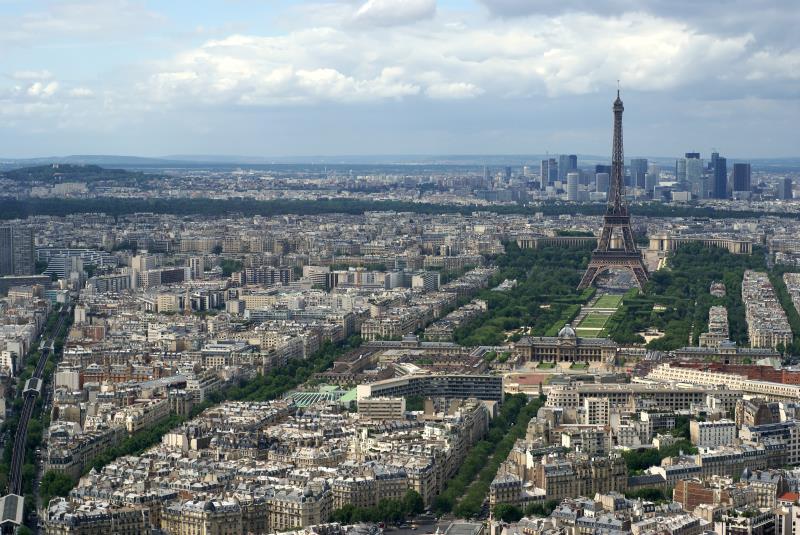 Aerial view of Paris_11777
