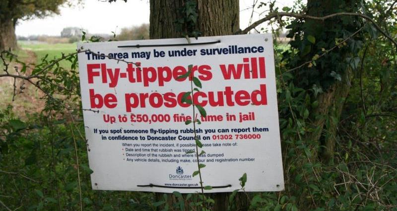 Fly tipping sign_21877