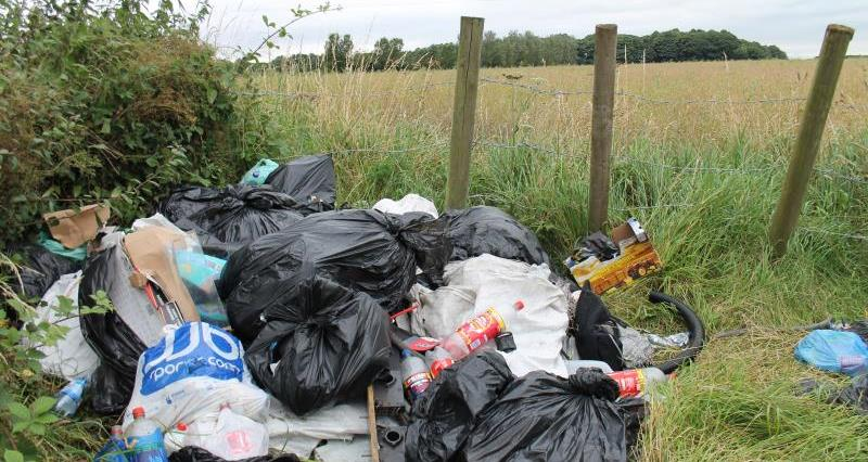 Fly tipping near Wolverhampton_21864