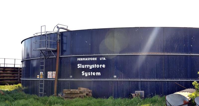 Cut costs and protect the environment with a slurry store cover grant