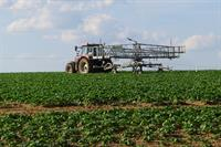 Moving irrigator_73611