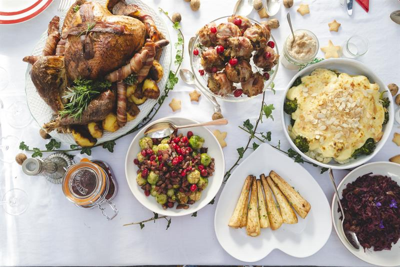 Christmas lunch with roast turkey and side dishes_62885