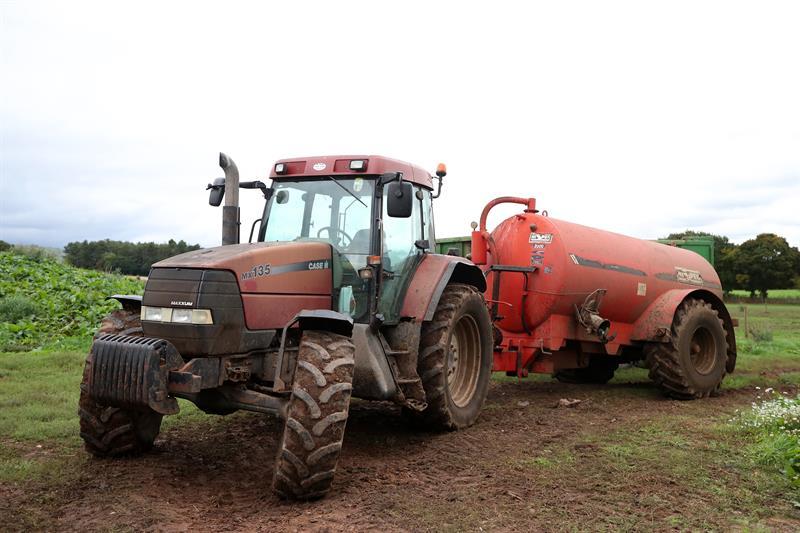Slurry at Joel Beckett's farm_59101