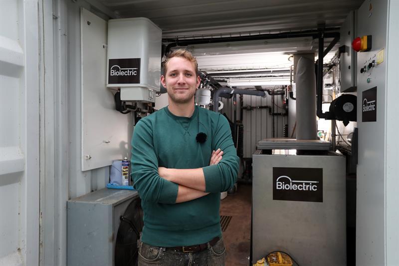 Joel Beckett Dairy Farmer _59052