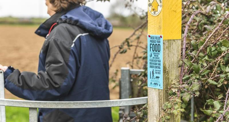NFU gatepost signs: Order your signs here