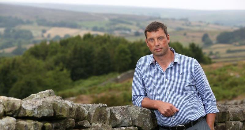 COVID-19: Ensure you maintain social distancing at autumn sheep sales