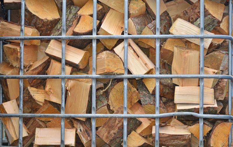 Chopped wood smallholding_53766