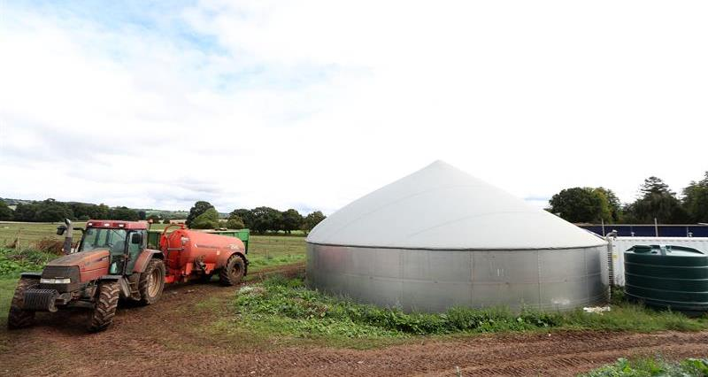 Anaerobic Digestion at Joel Beckett's farm_59073
