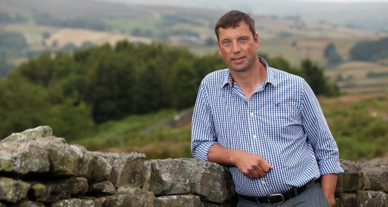 Richard Findlay on farm July 2018_55341