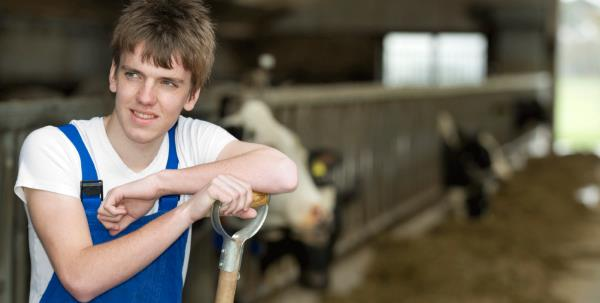 Young Dairy farmer for blog_27619