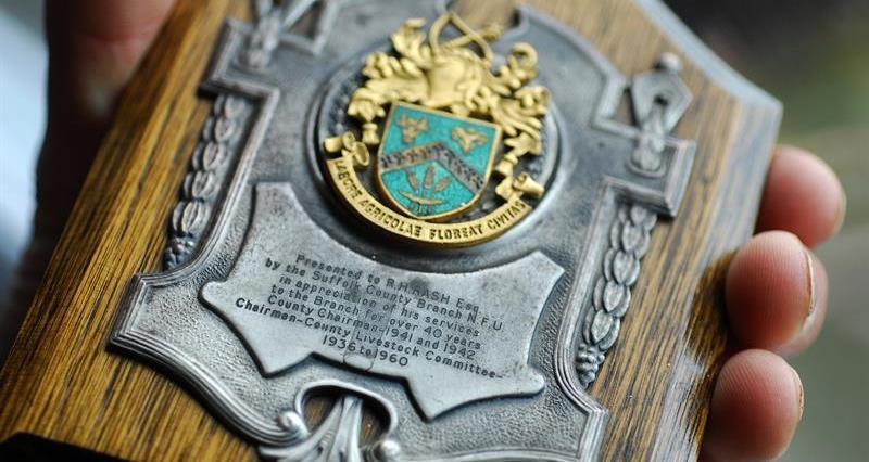 NFU Suffolk - Roland Rash plaque_73528