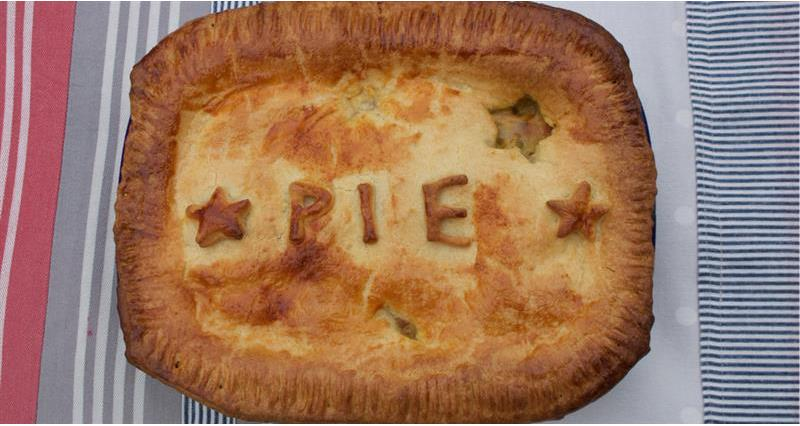 Turkey, leek and ham pie with sour cream pastry