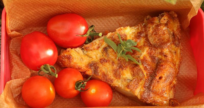 Spicy potato and chorizo tortilla slice_67997