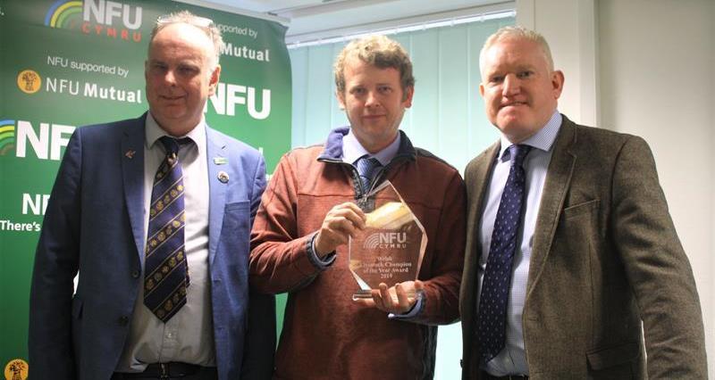 Livestock Award - Wyn Evans, Gary Howells & Mike Thomas _70695