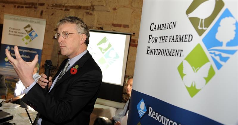 hilary benn speaking at cfe launch 2009 web crop_61092