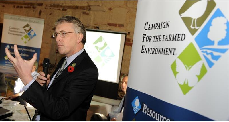 hilary benn speaking at cfe launch 2009 web crop_61092