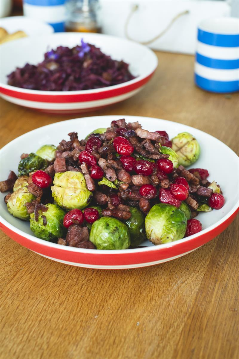 Christmas dinner Miranda Gore Brown Countryside SPROUTS_59162
