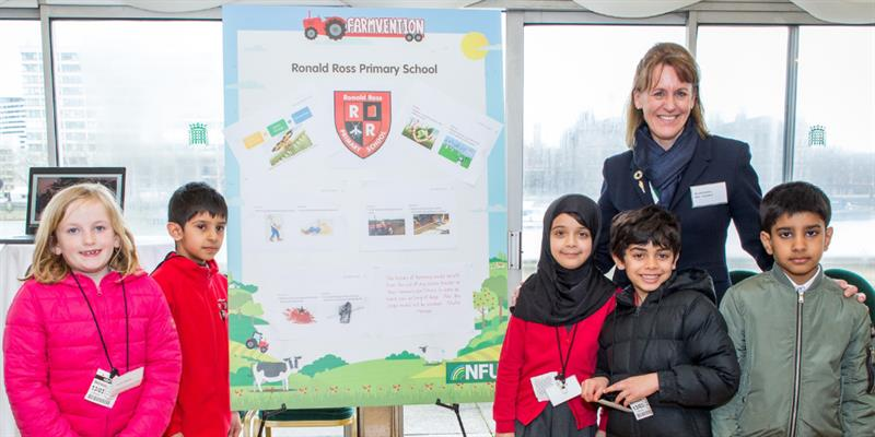 Farmvention champion Ronald Ross Primary School_62655