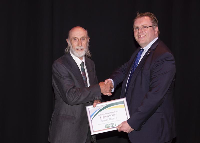 Mervin Mulard award_61561
