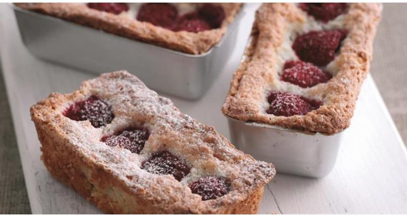 coconut raspberry friands_58734