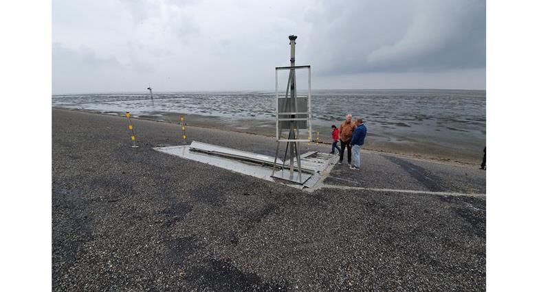 Wave overtopping tanks on Dutch Sea Wall_71035