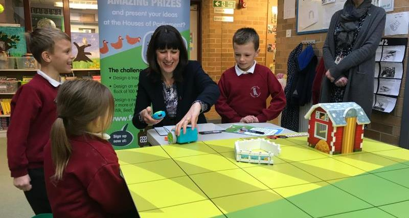Hundreds of primary schools enter NFU's first national education competition