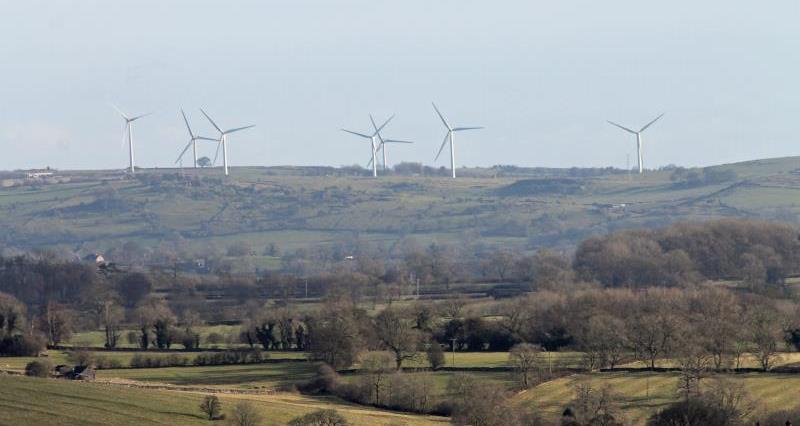 A blustery week: record wind power and record low emissions