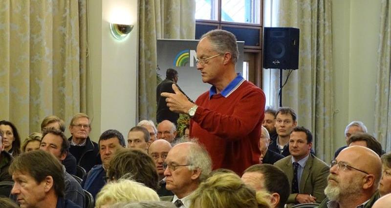 EU referendum meeting at Barnham Broom_33720