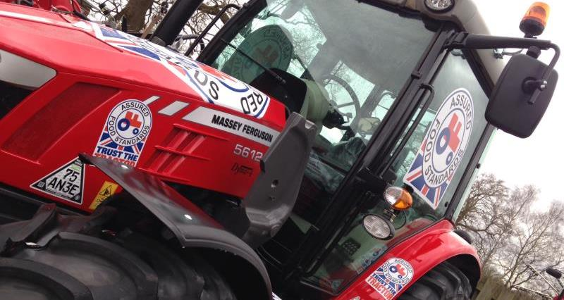 branded red tractor, nfu16 conference, massey ferguson_32926
