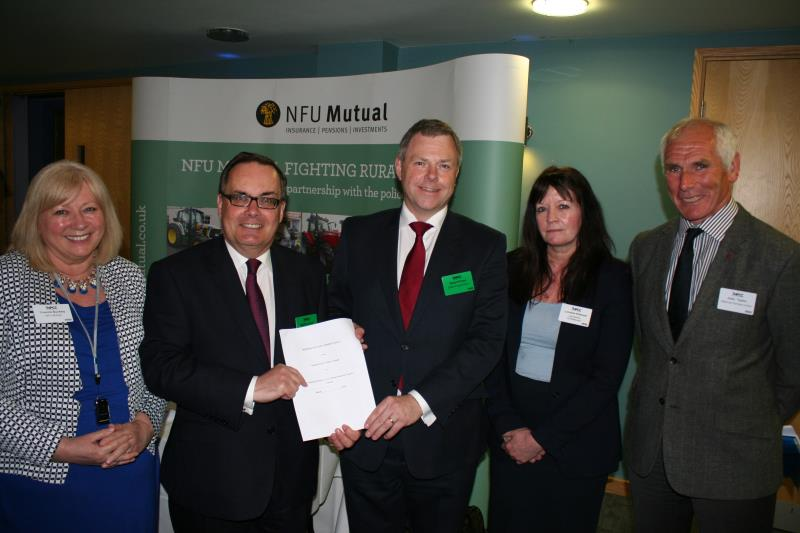 Signing of the NFU and Lancashire Constabulary Livestock Theft Prevention Initiative_34469