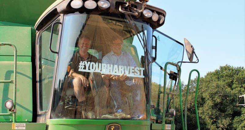 David Exwood and Jeremy Quin MP Horsham harvesting_56469