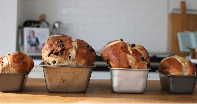 Wholemeal, apple and sultana hot cross bun loaf