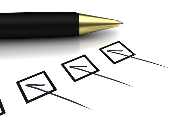 Pen and checklist_13208