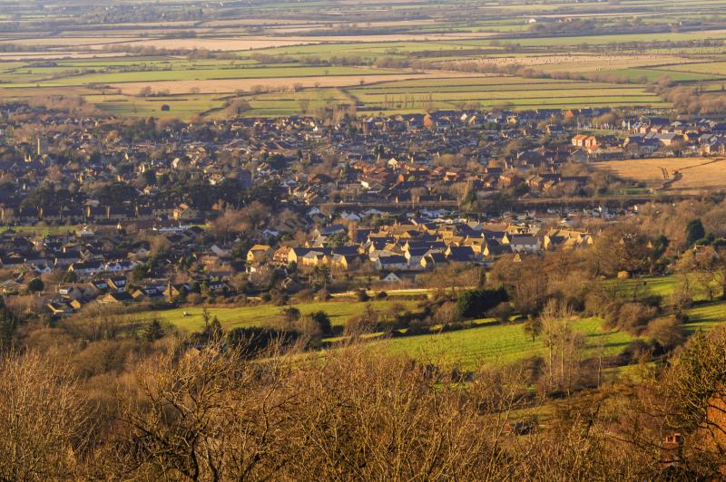 Town and countryside_16153