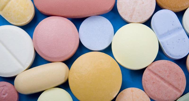Multicoloured pills_12224