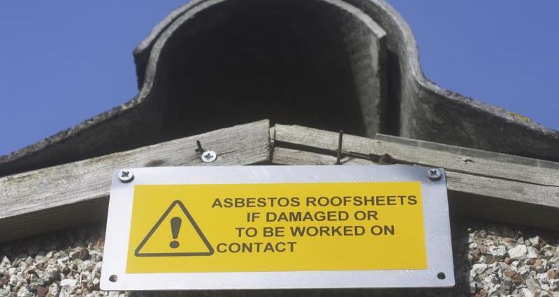 Asbestos roof_12670