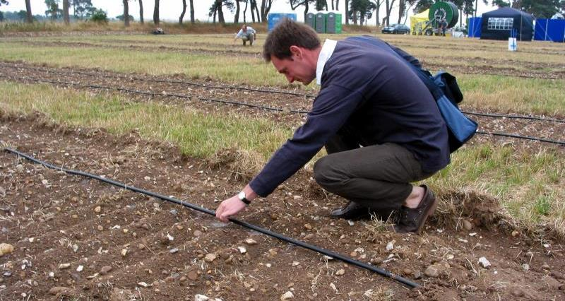 Government announces plans to introduce trickle irrigation licensing