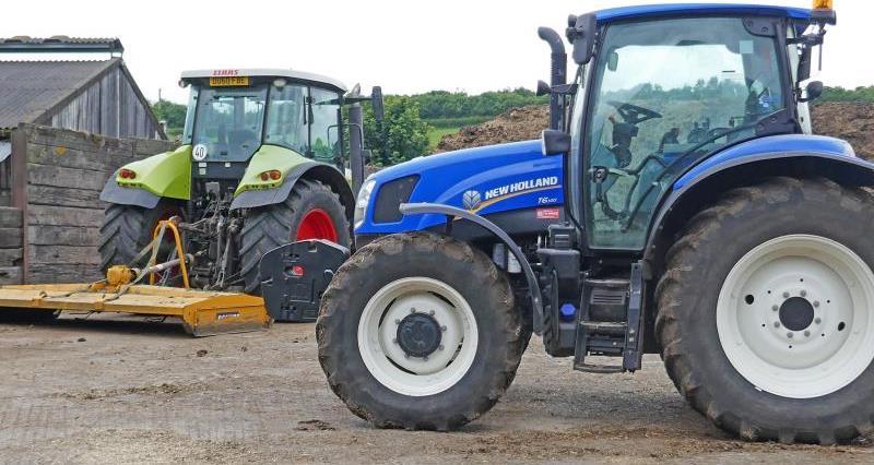 Tractors at Pyle Farm Somerset_55776