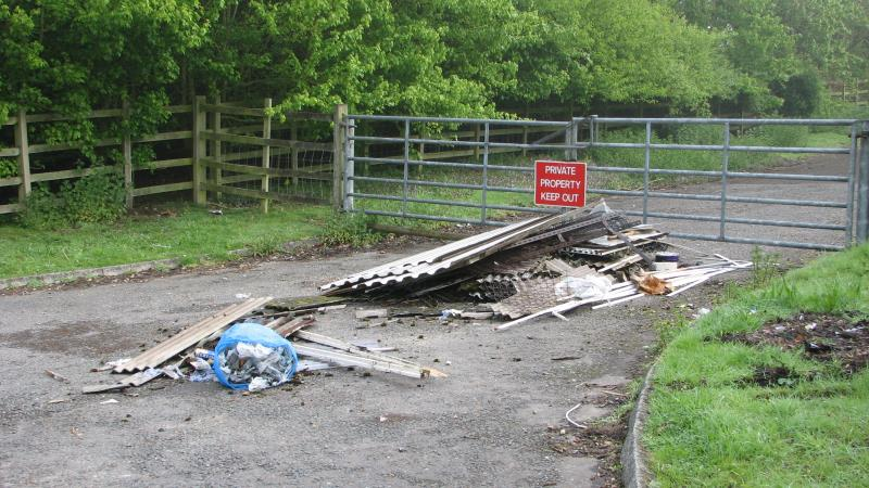 Fly tipping_42359
