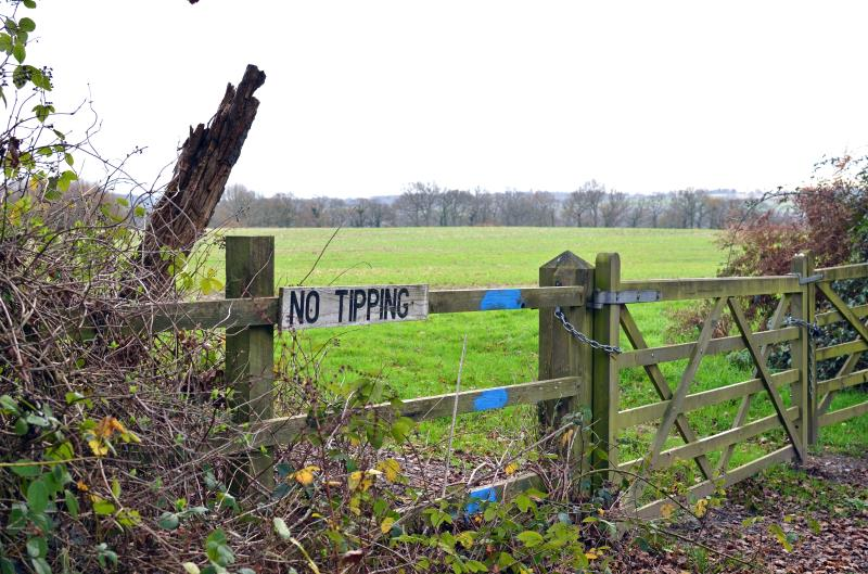 Rural crime no tipping sign_44981