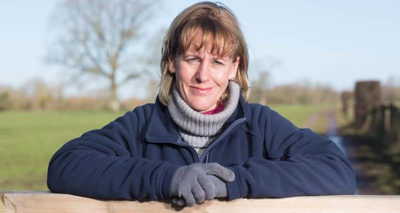 Minette Batters on farm Feb 18_51724