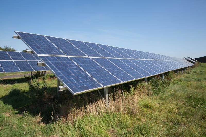 Solar panels 2016 PIP farm visit_46258