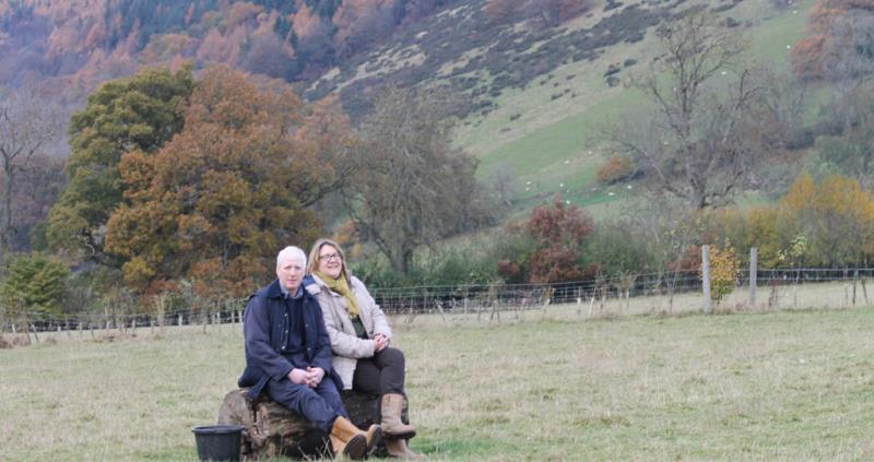 Jonathan and Carol Griffiths_54113