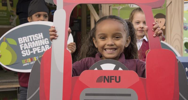 NFU blazing a trail to bring food and farming to life in the classroom