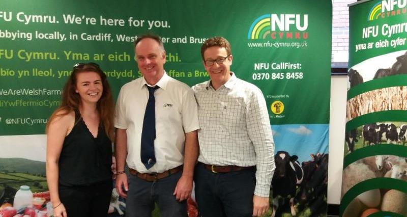 NFU Cymru meeting with Tesco_56615